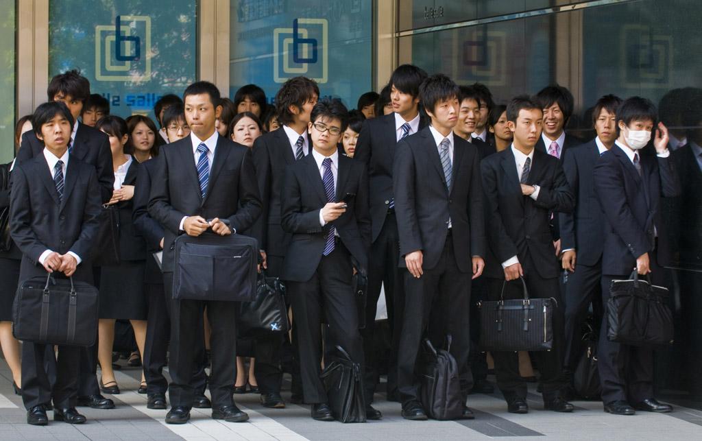 Môi trường làm việc tại Nhật Bản luôn có những quy tắc khắt khe và yêu cầu sự kỷ luật cao