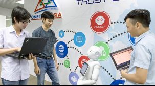 UNITY開発、ビジュアルプログラミング、ロボット操作シミュレーションアプリ開発